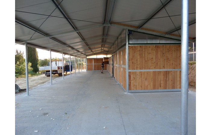 stables for horses and farriery